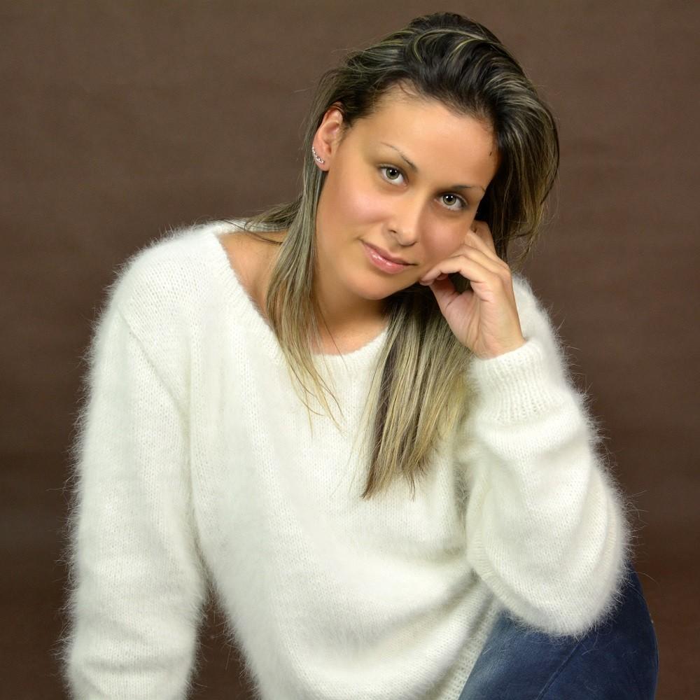 White hand knit pure angora sweater by Extravagantza