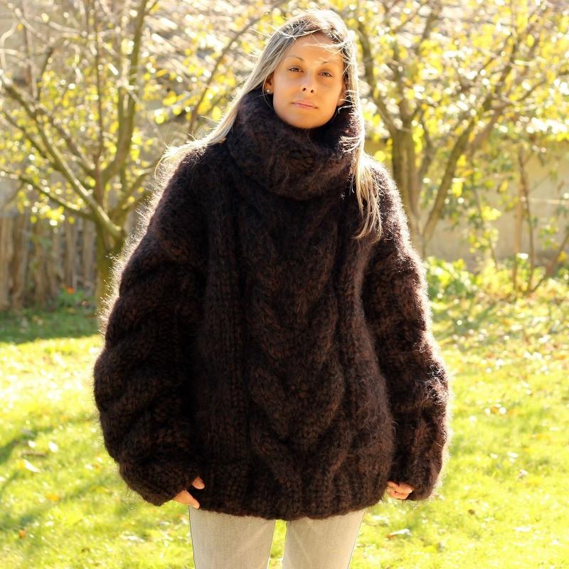 Hand Knit Mohair Sweater brown black Fuzzy Turtleneck 10 strands Handgestrickt pullover by Extravagantza