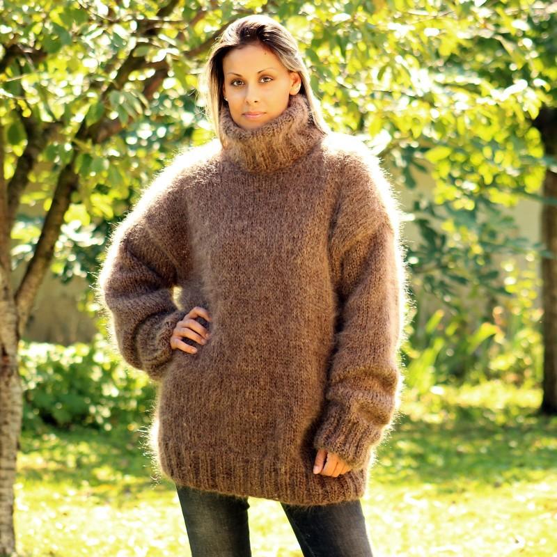 Hand Knit Mohair Sweater Brown Fuzzy Turtleneck Handgestrickt pullover